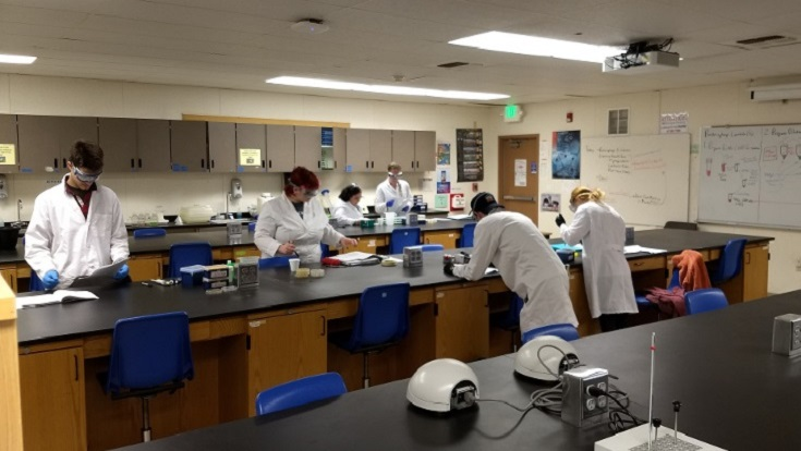 biotech students in a lab